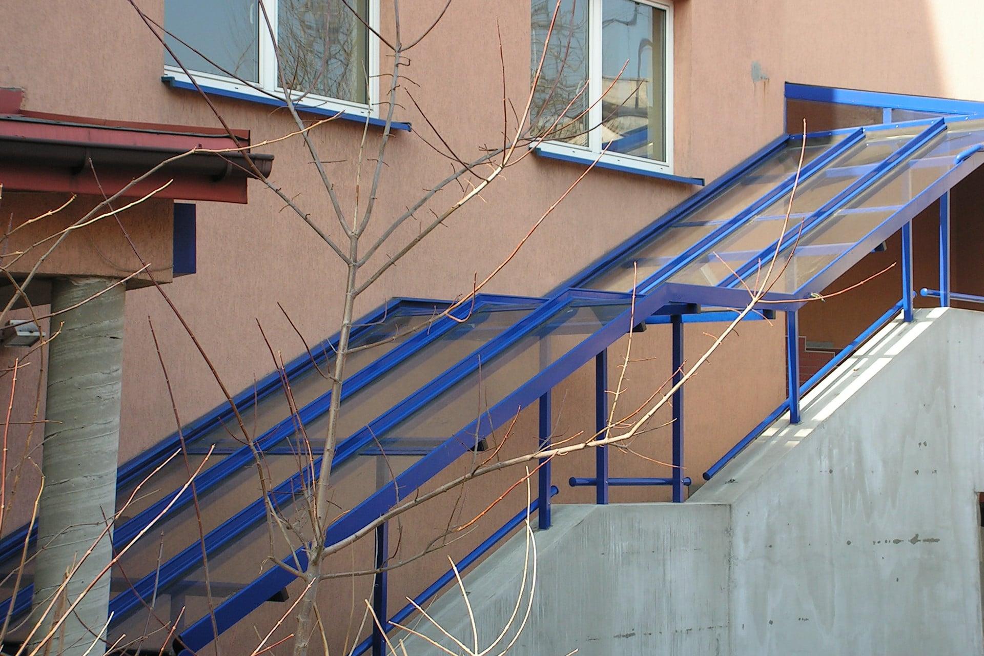 Zadaszenia klatek schodowych
